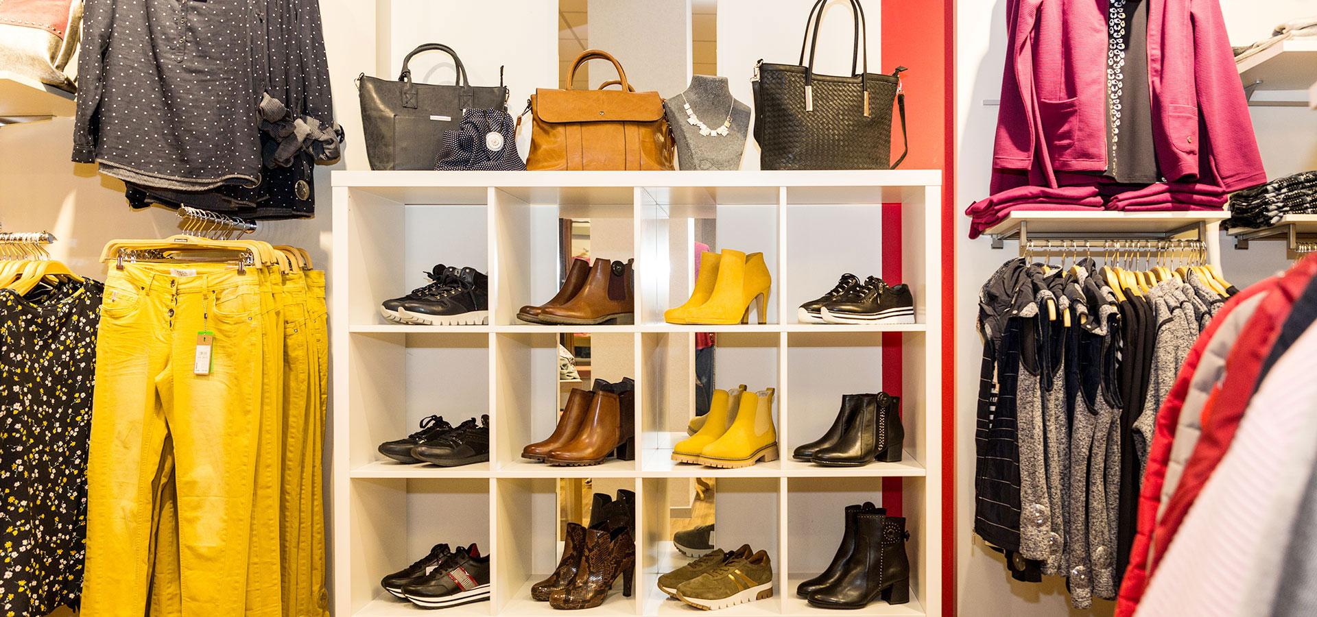 Schuhe I Mode Deppenkemper, Ostwennemarstraße 100, 59071 Hamm
