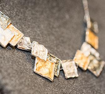 Halskette I Mode Deppenkemper, Ostwennemarstraße 100, 59071 Hamm